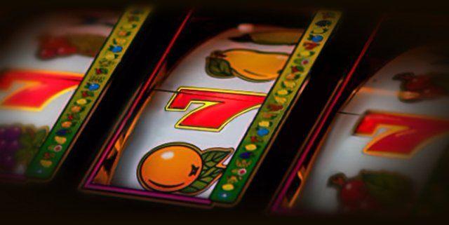 Необычный игровой автомат «Strolling Staxx Cubic Fruits» от Вулкан 24